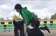 Първи уроци по езда за ученици от Ресурсен център Стара Загора