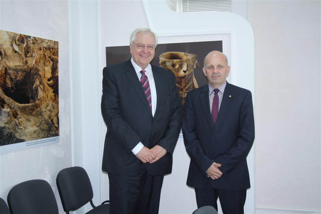 Посланикът на Германия Детлеф Лингеман на посещение в Областна администрация