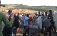 Събарят отново незаконни ромски къщи