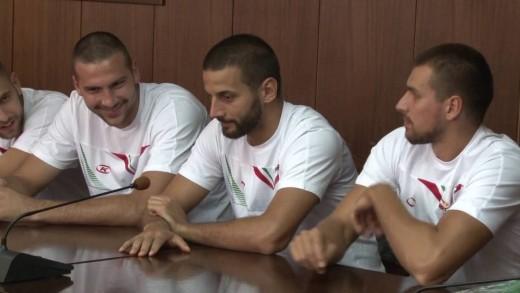 Кметът Живко Тодоров се срещна с  баскетболисти