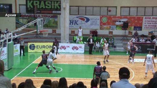 """Баскетболистите на """"Берое"""" отстъпиха на """"Лукойл Академик"""""""
