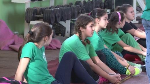 """Над 90 деца участваха  в коледно състезание на СКЛА """"Берое"""""""