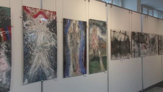 """Петима художници представят 54 рисунки в зала """"Байер"""""""