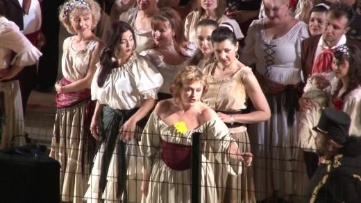 """Веселина Кацарова- великолепна Кармен в """"Опера на стадиона"""""""
