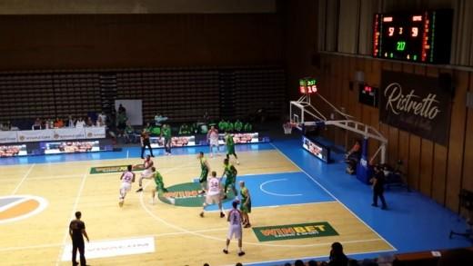"""Баскетболистите на """"Берое"""" спечелиха Суперкупата на България"""