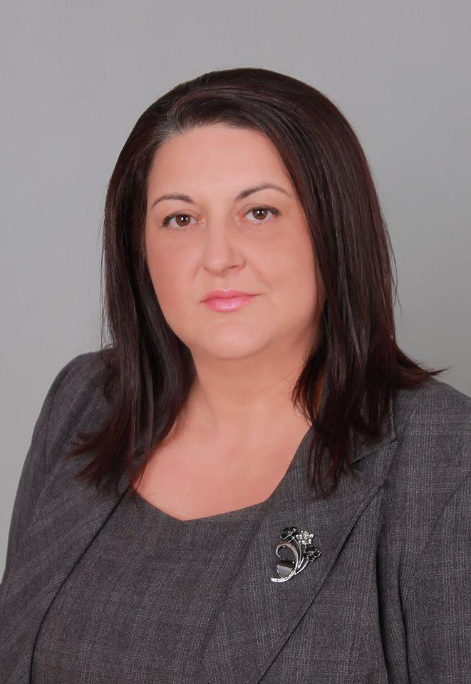 """БСП-съветникът Моника Динева към кмета: Как се правят изчисленията на """"такса смет"""" в община Казанлък?"""