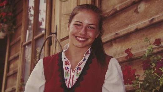 """Фотографска изложба """"Аз съм българка"""" бе открита в РБ  """"Захарий Княжески"""""""