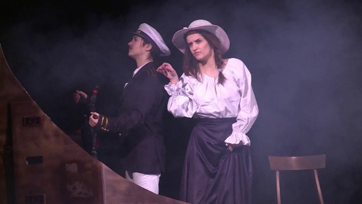 "Ученици на СУ ""Максим Горки"" представиха театрална постановка на испански език"