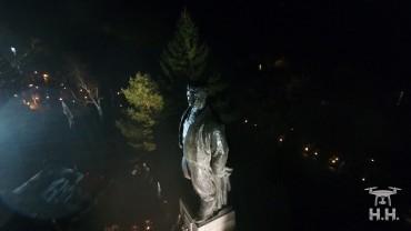 Факелно шествие в памет на Апостола