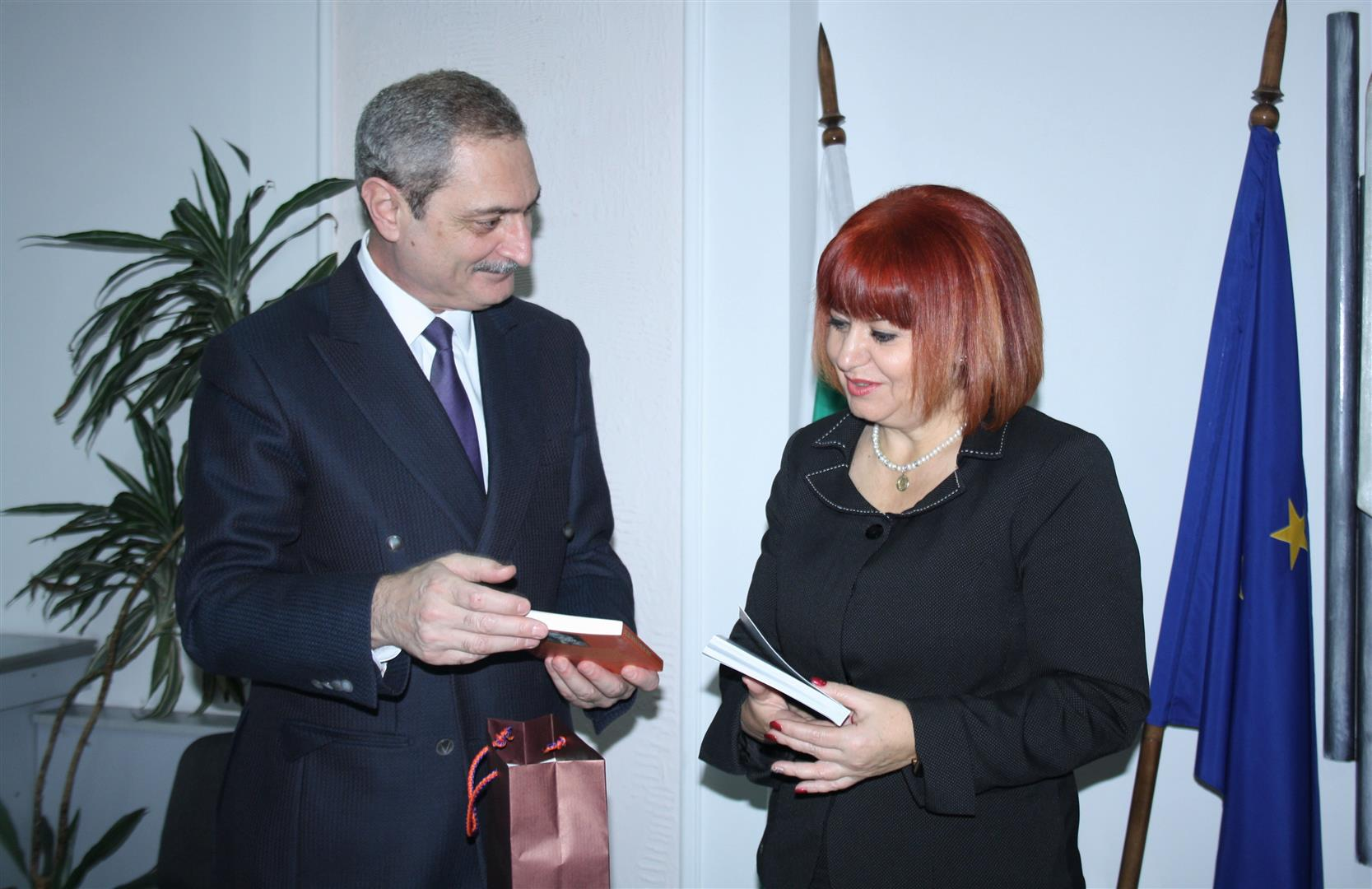 Посланикът на Армения у нас посети Стара Загора
