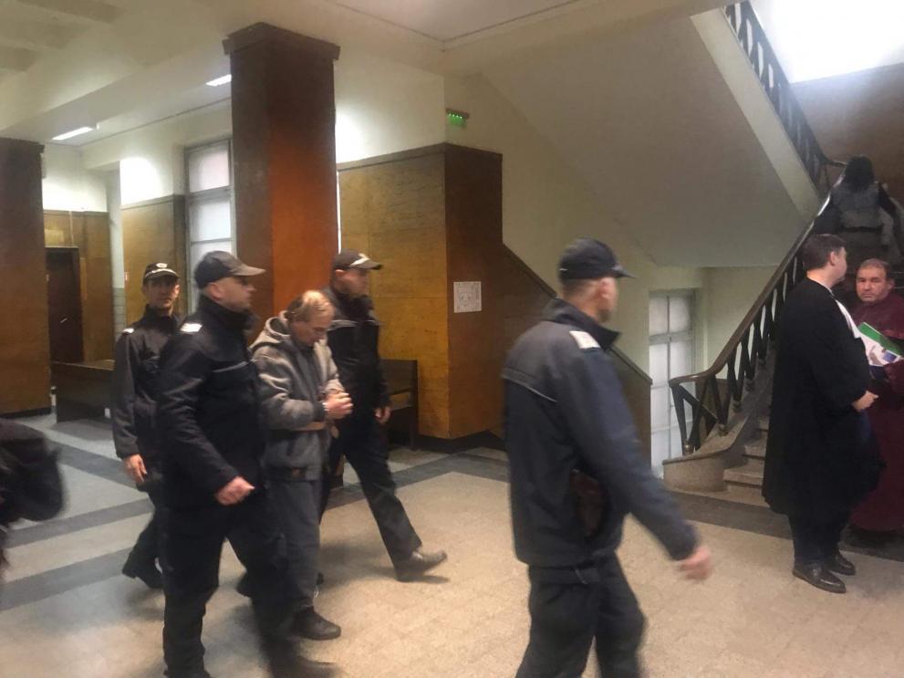 Съдът остави в ареста убиеца на младата Юлиана