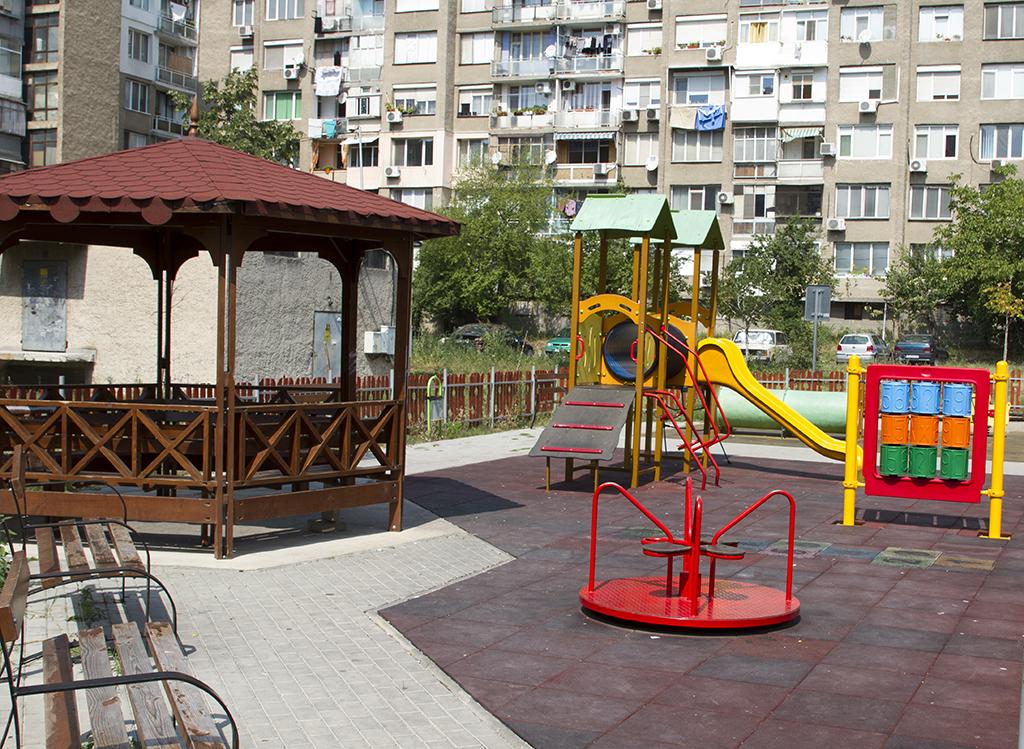 Щети за десетки хиляди нанасят вандали на детските  площадки в Стара Загора