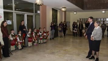 Малчугани пожелаха благи вести за Община Стара Загора