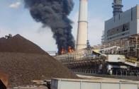12 екипа огнеборци гасят пожара в ТЕЦ 2