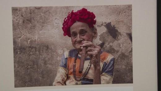 """Фотографска изложба е подредена във фоайето на РБ """"Захарий Княжески"""""""