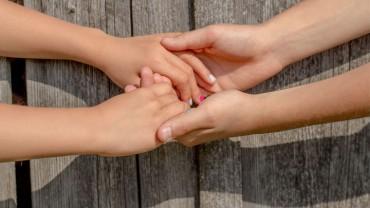 56 граждански организации категорично настояват новият Закон за социалните услуги да влезе в сила от 1 януари 2020 г.