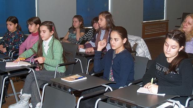Учениците с дистанционни уроци вкъщи до 13 април