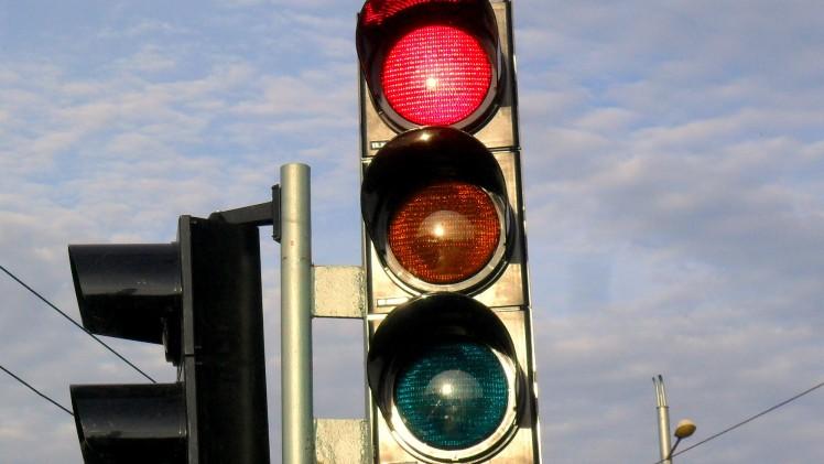 Нов светофар ще регулира движението по възлово кръстовище в центъра на Стара Загора