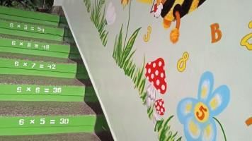 Старозагорски преподаватели обновяват училището си