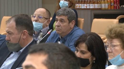 Неназовани общински съветници с пореден опит за удължаване срока на договорите за ползване на общински терени