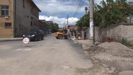 Мащабни ремонти на уличната мрежа в Чирпан, нова подземна инфраструктура, осветление и озеленяване