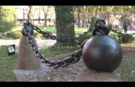 """Реставрираха паметник в централен парк """"Пети октомври"""""""