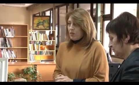 """Оперни артисти дариха настолни игри за Детския отдел на РБ """"Захарий Княжески"""""""