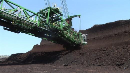 Синдикати и политици ще дискутират спасяването на енергетиката