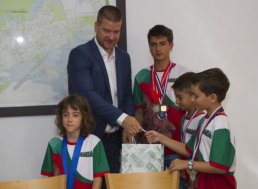 Кметът Живко Тодоров ще поздрави малките старозагорски математици
