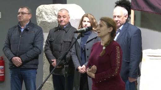 """Представяне на консервираната и реставрирана мозайка от IV век, открита в Археологическия резерват """"Августа Траяна-Верея-Стара Загора"""""""