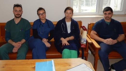 prof. Pekova i studenti
