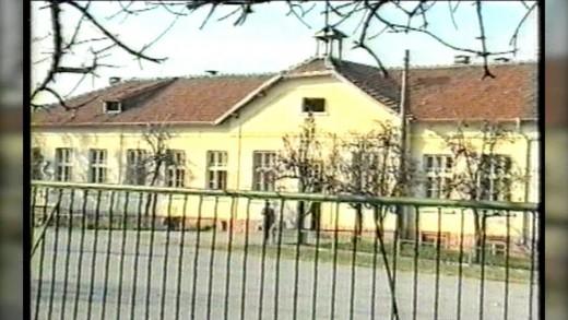 Стара Загора в прехода – поглед към живота в дома в с. Елхово, община Мъглиж 1997 г.