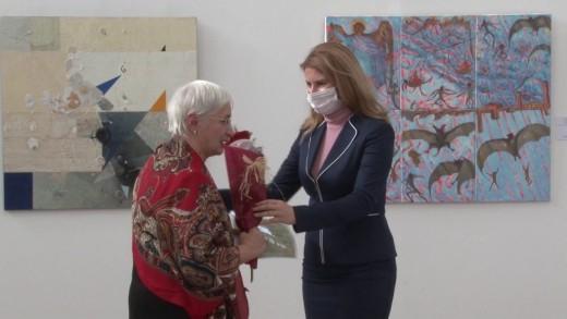 """Надежда Кутева е носител на голямата награда на Балканското квадринале с платното """"Страшният съд"""""""