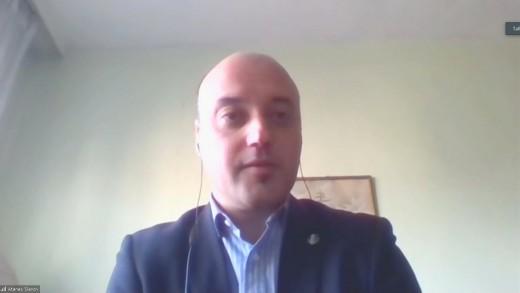 """Предизборно студио. Доц. Атанас Славов, """"Демократична България"""": България заслужава повече интелект в Народното събрание"""