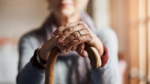 1280-840-pensioner-pensiia
