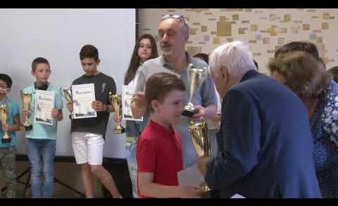 """Наградиха финалистите от седмото издание на клуб """"Математически таланти"""""""