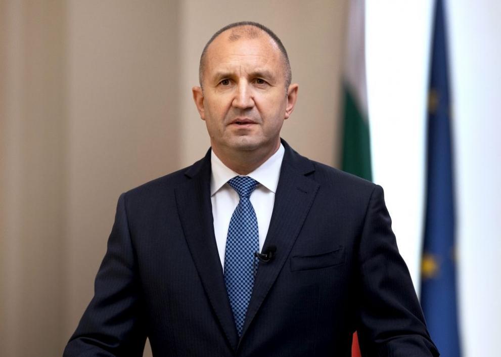 """Румен Радев: Търси се решение ТЕЦ """"Марица изток 2"""" да продължи да работи след 1 юли"""