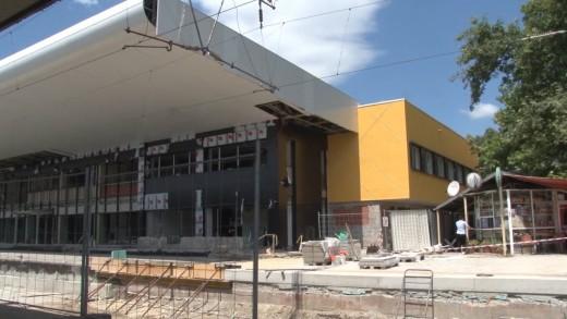 ЖП гара Стара Загора остава с проектния жълт цвят
